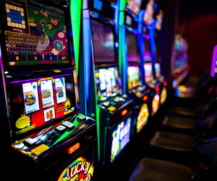 Казино где есть игровые автоматы игровые автоматы 10 копеечные монеты